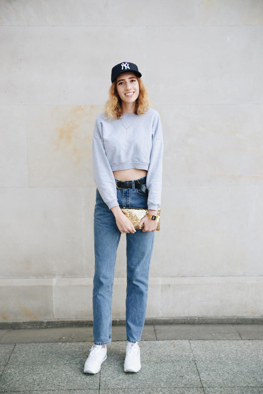 College fashionista style guru 11